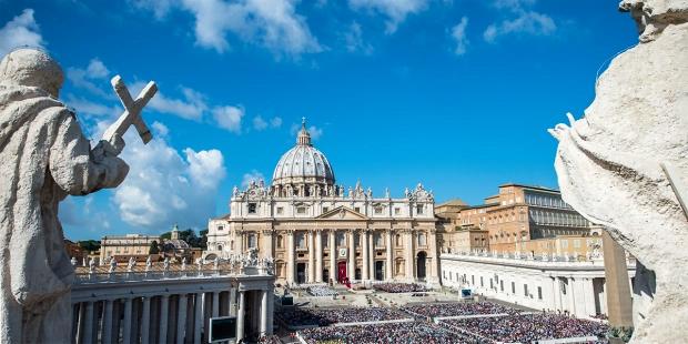 Read more about the article Causes des saints : un miracle et quatre baptisés « héroïques »